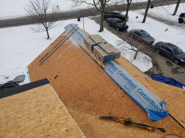 Complete re-roofing in Williamston, MI