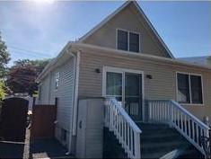 East Islip, NY Siding Replacement Job