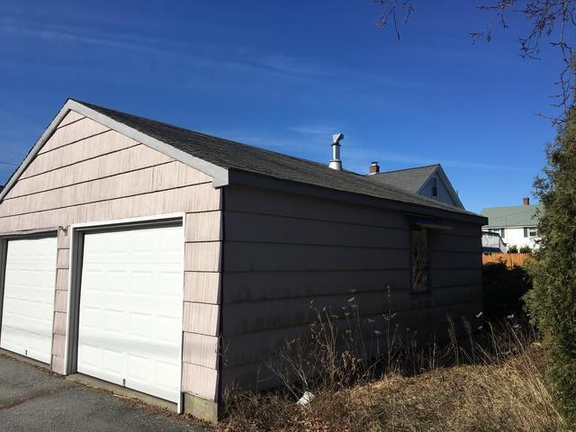 Estate Grey Garage Roofing Project in Waterford, Connecticut