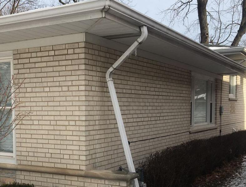 Downspout Repair - Oak Lawn, IL - Before Photo