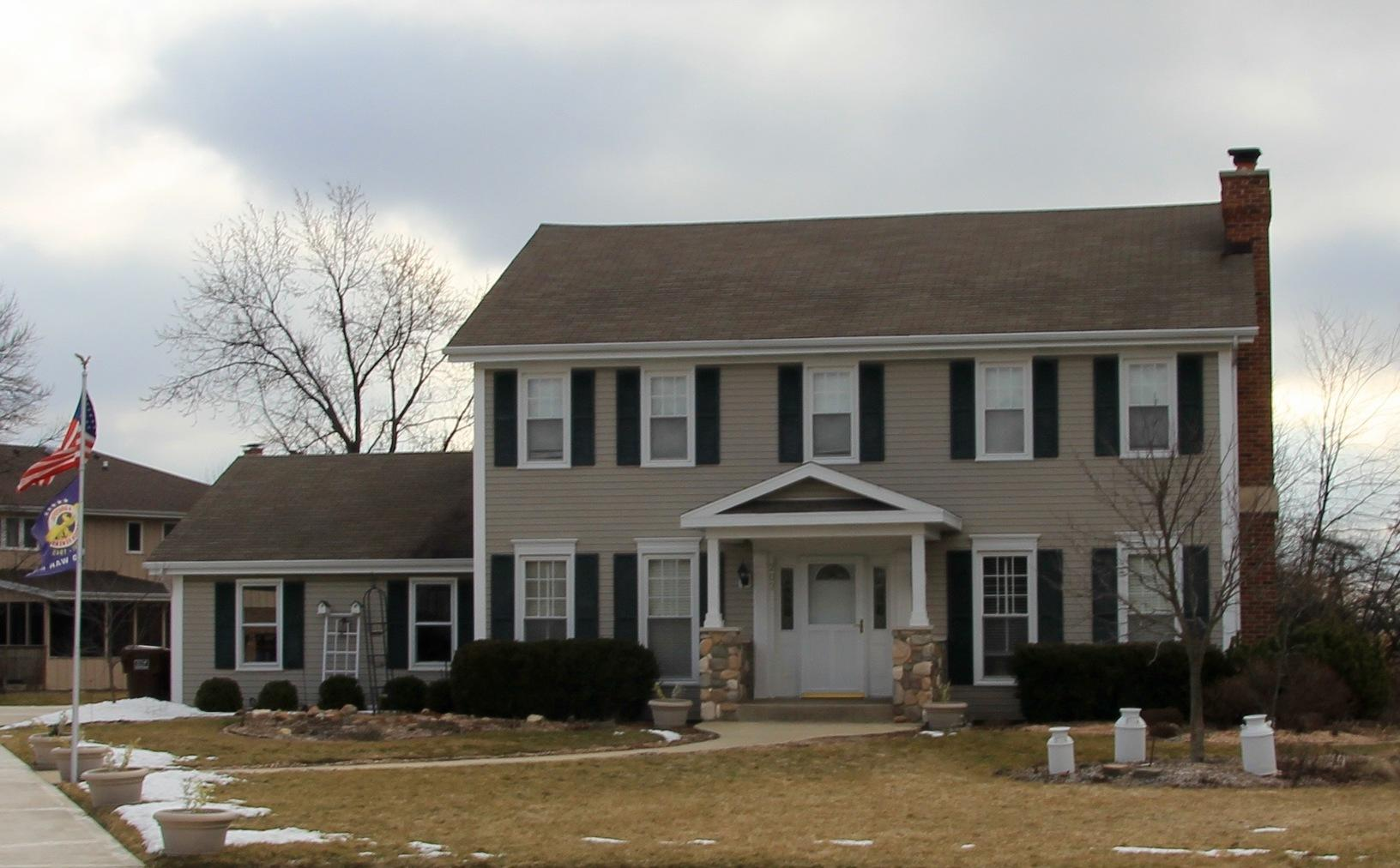 Roofing & Siding in Frankfort IL - Before Photo