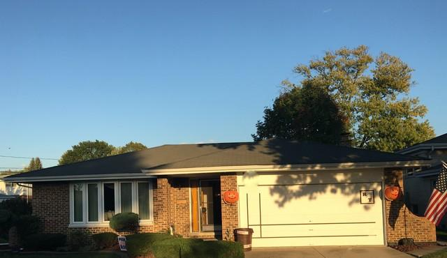 Beautiful Oak Lawn, IL Certainteed Landmark Roof Replacement - Before Photo
