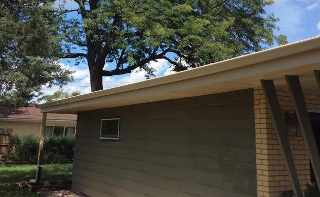 Repairing soffit and fascia in Palos Heights, IL