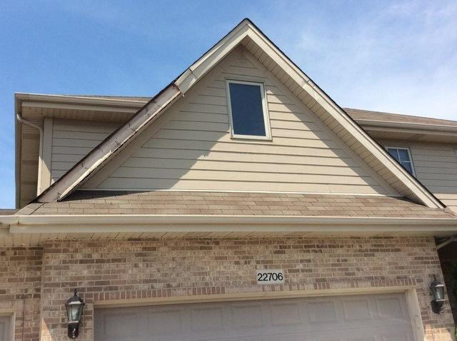 Fasia repair in Frankfort, IL - Before Photo