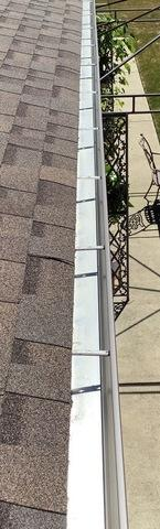 Repairing gutters in Orland Park, IL