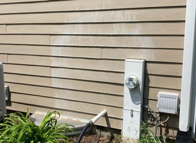 Water damaged siding repair in Frankfort, IL