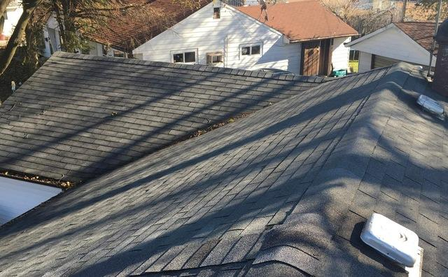 Roof replacement in Hometown, IL