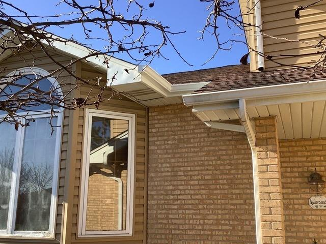 New Gutters installed in Frankfort