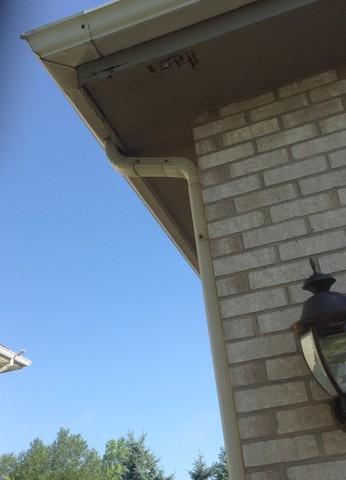 Orland Park Downspouts Removal