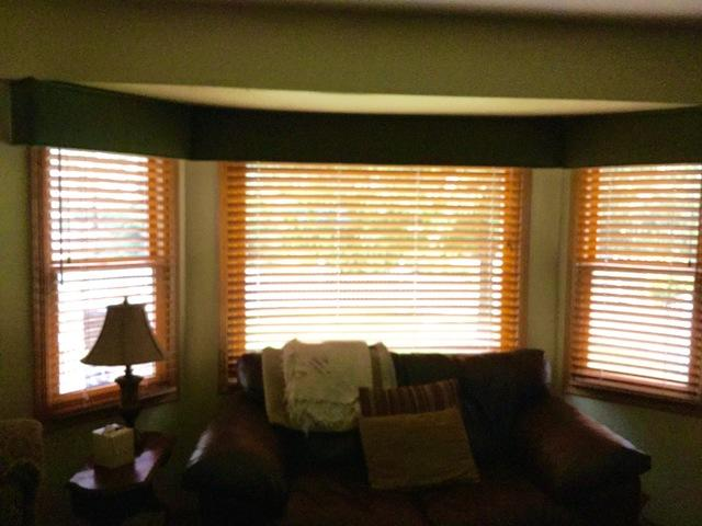 Window Replacement in Plainfield IL - Before Photo