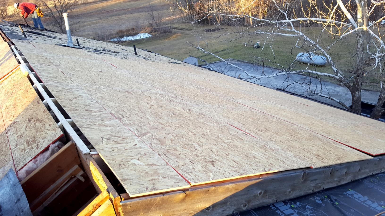 Roof Replacement in Tonganoxie, Kansas - Before Photo
