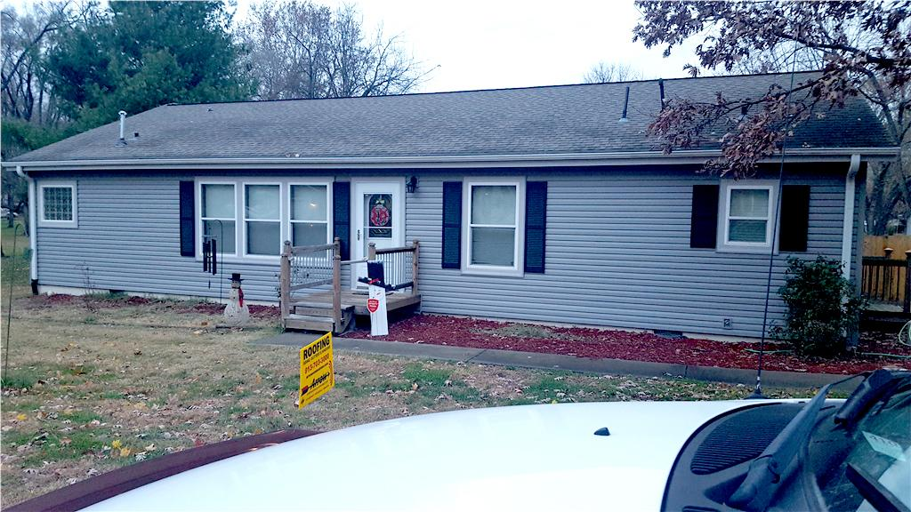 Buckner, Missouri home before and after photos - Before Photo