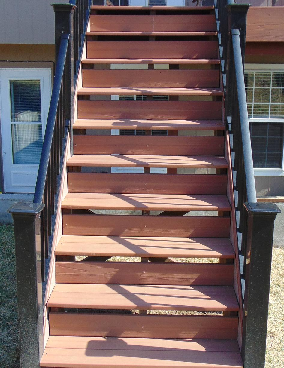 DecKorators Deck, Stairs and Rails in Leavenworth, KS - After Photo