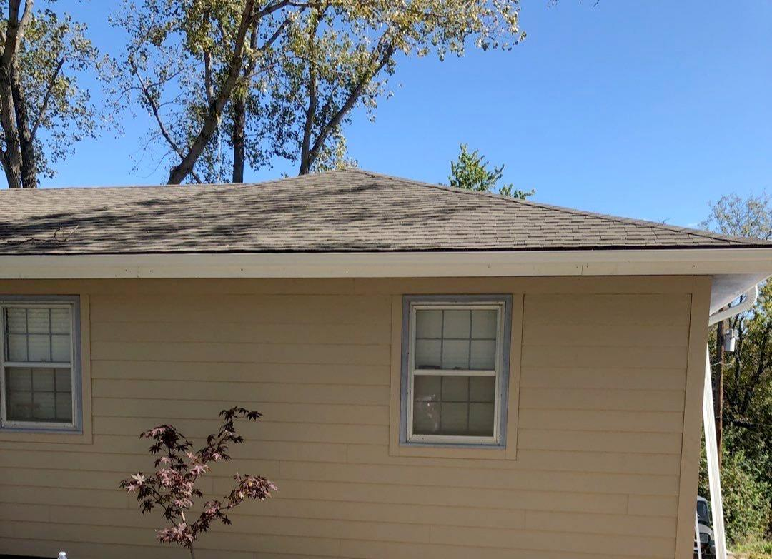 Lap Siding Installed on Home in Olathe, KS - After Photo