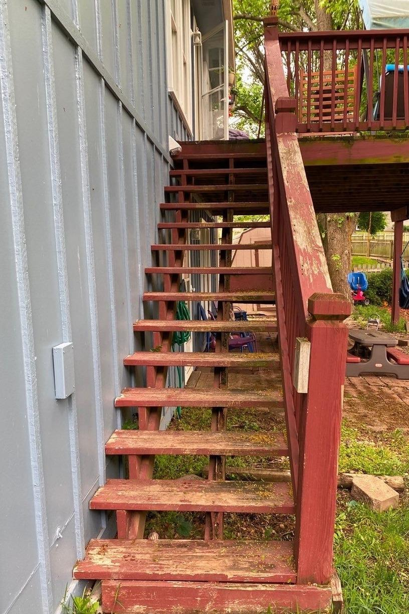 Deck gets new Stairs, Power Wash and Re-Stained in Lee's Summit, MO - Before Photo