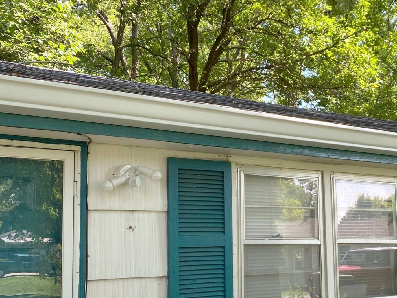 6 Inch Gutters & Bulldog Gutter Guards Installed on a Home in Kansas City, MO. - After Photo