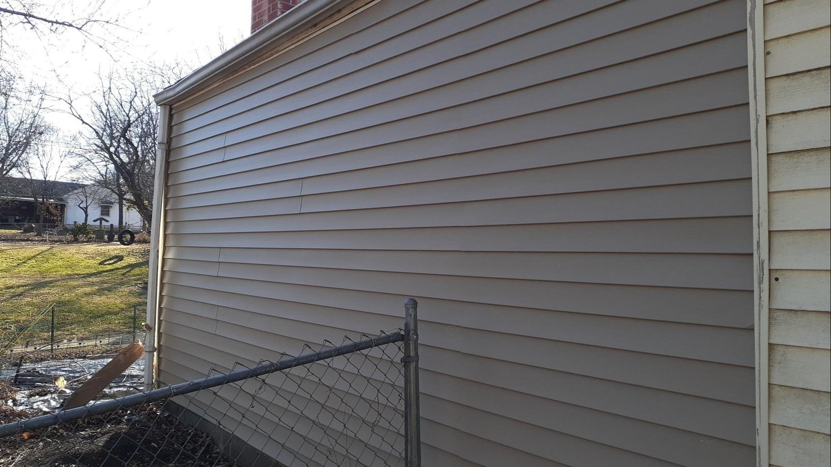 Vinyl Siding (CraneBoard) Installed in Raytown, MO - After Photo