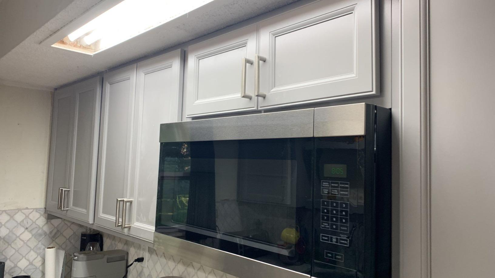 Cabinets with Full Extension Drawer Glides & Hidden Hinges in Kansas City, MO Kitchen - After Photo