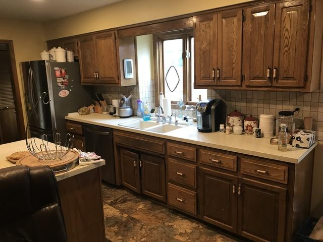 New Kitchen Countertops and Refinished Cabinets in Lenexa, KS