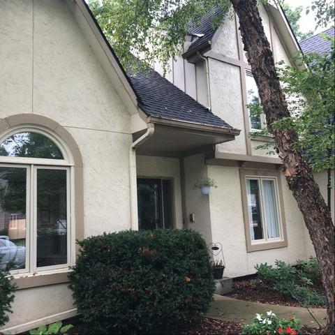 Siding, Trim and Gutters Installed on Home in Olathe, KS (James Hardie)