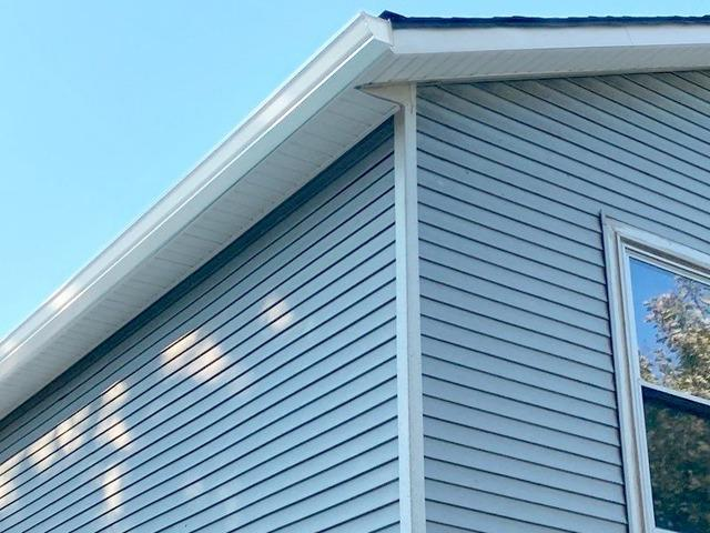 6 Inch Seamless Gutters, Fascia & Soffit Installed on Basehor, KS Home