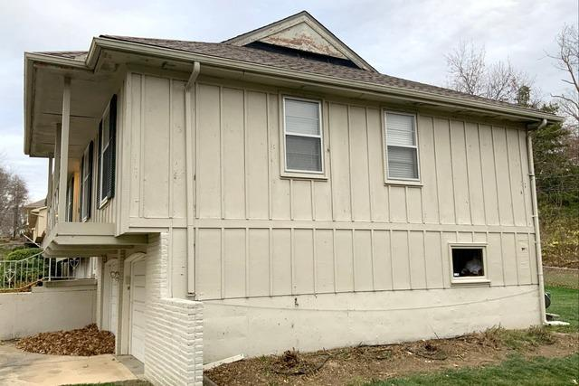 Exterior Paint and Gutters on Kansas City, MO Home