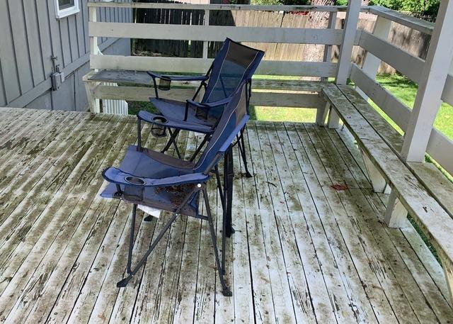 New Coat of Paint after Power Washing a Lower & Upper Deck in Lenexa, KS
