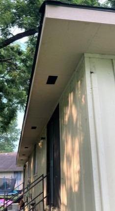 Hard Siding LP Smart Side Soffit in Raytown, MO Home