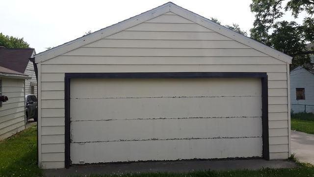 Garage Siding Replacement in Muncie Indiana