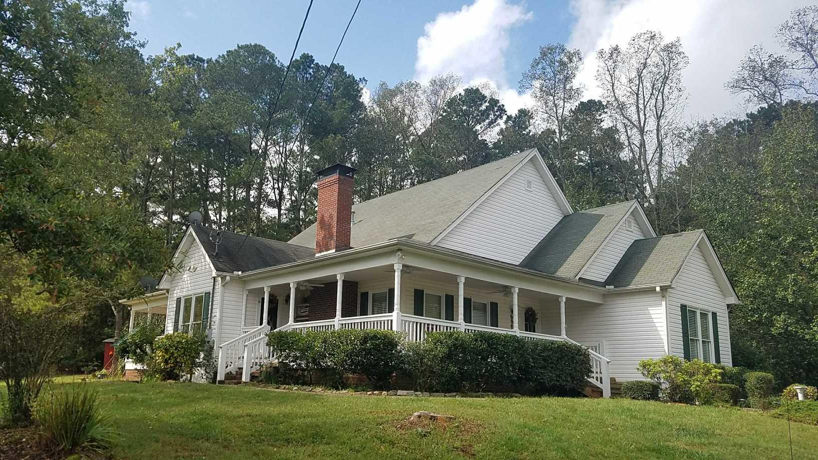 Dawsonvile, GA Professional Contractor Roof Install - Before Photo