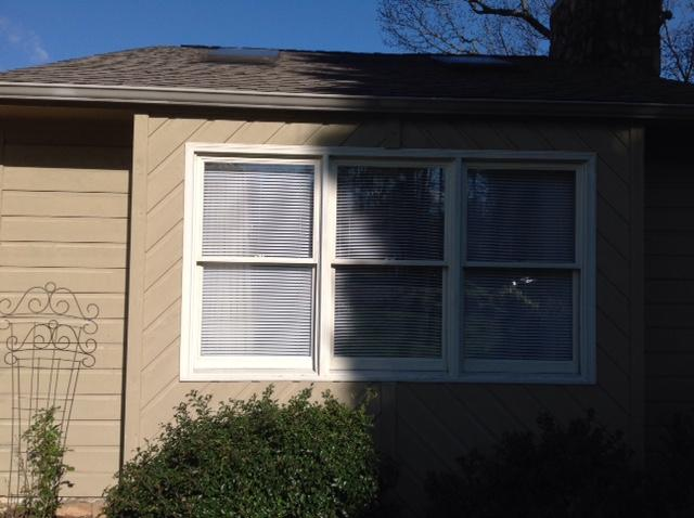 Vinyl Siding Replacement in Vinton - Before Photo