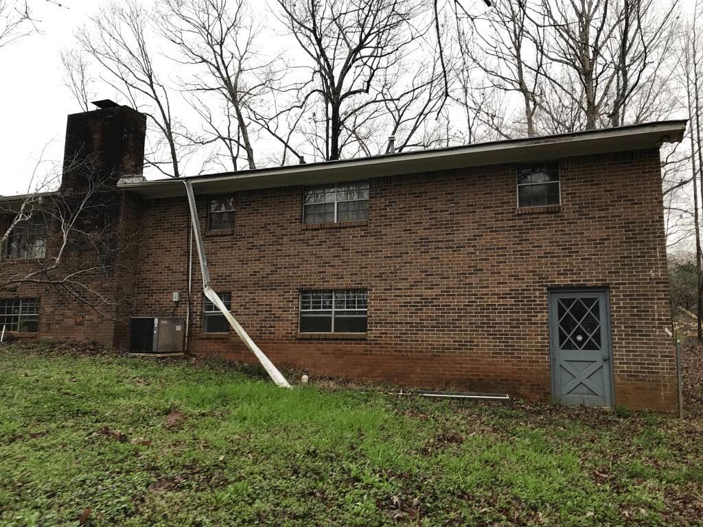Gutter Replacement in Stockbridge, Georgia - Before Photo