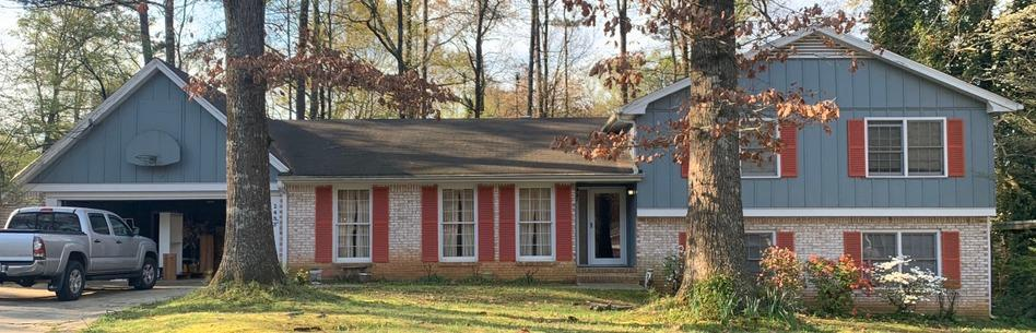 Roof replacement in Dunwoody, GA - Before Photo