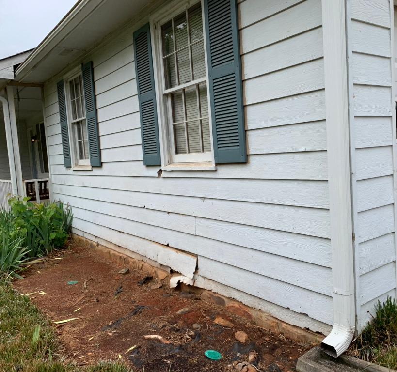 Siding replacement in Hampton, GA - Before Photo