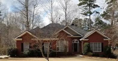 Leaf Free No Clog Gutter Installation Protection in Newnan, GA