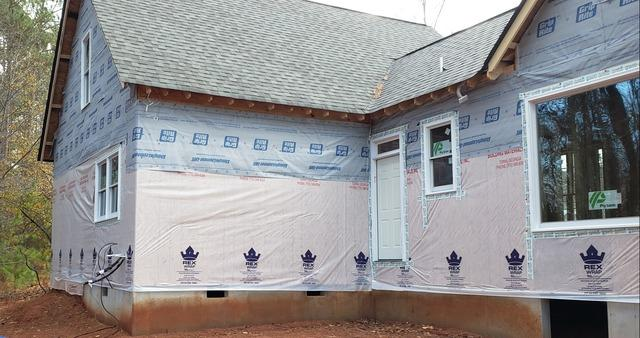 Hardie Siding and gutter installation in Peachtree City, GA