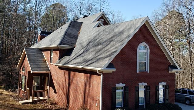 Roof replacement in Winston, GA