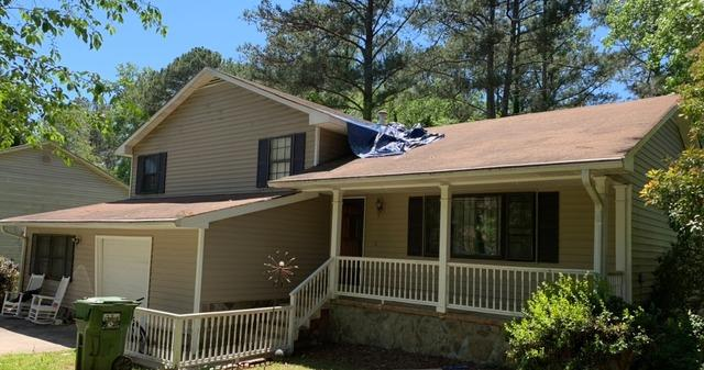 Roof replacement in College Park, GA