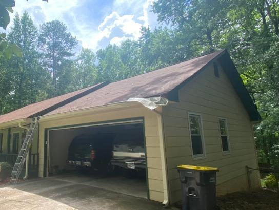 Tree damage repair in Fayetteville, GA