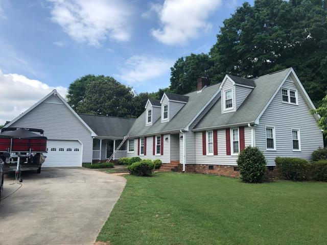 Roof replacement in Easley, SC