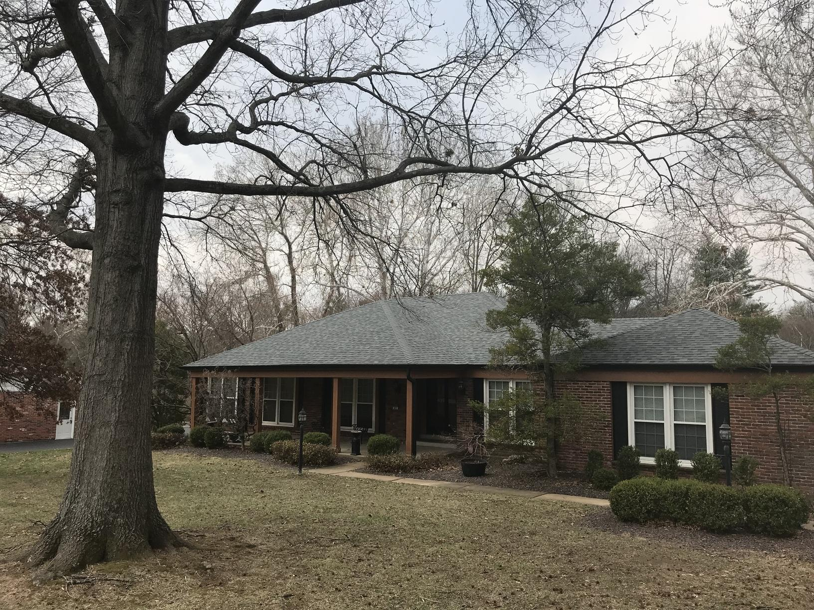 Beautiful New Roof and Gutters Installed in Creve Coeur, MO - After Photo