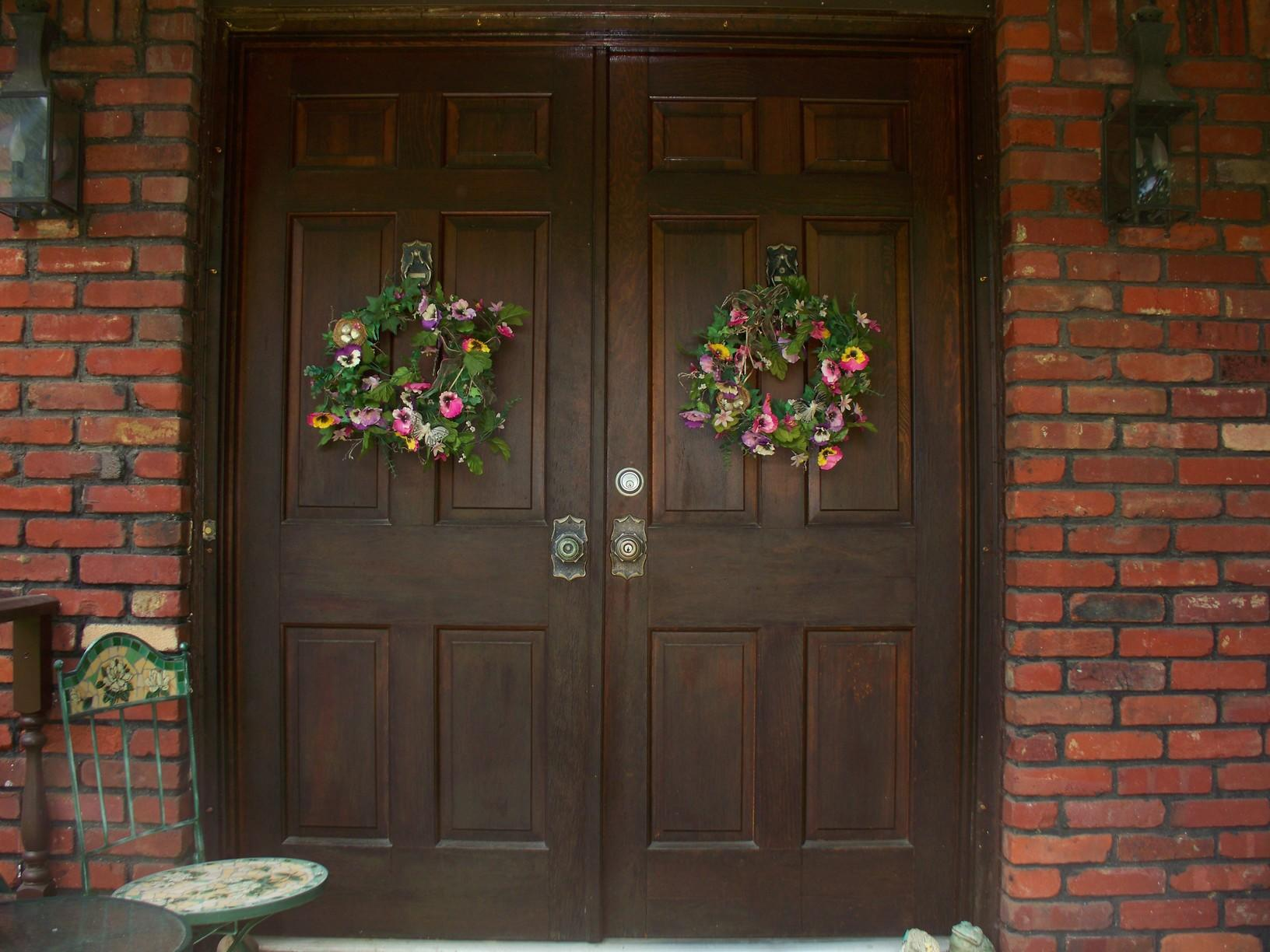 Gorgeous Entry Door Installed in Murrysville, PA - Before Photo