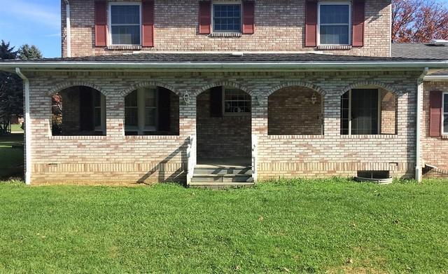 Custom Windows Installed in Worthington, PA Home
