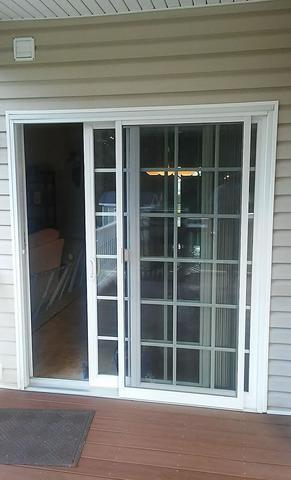 Sliding Glass Door Updated in Oakdale, PA!