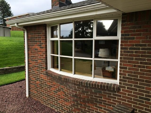 Beautiful bow window replacement in North Huntingdon, PA