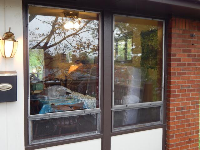 Old aluminum windows replaced by new vinyl windows in Monroeville, PA