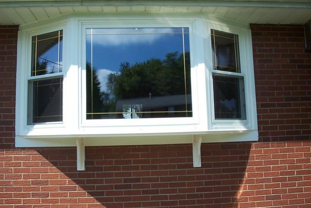 Dramatic bay window installation in West Leechburg, PA