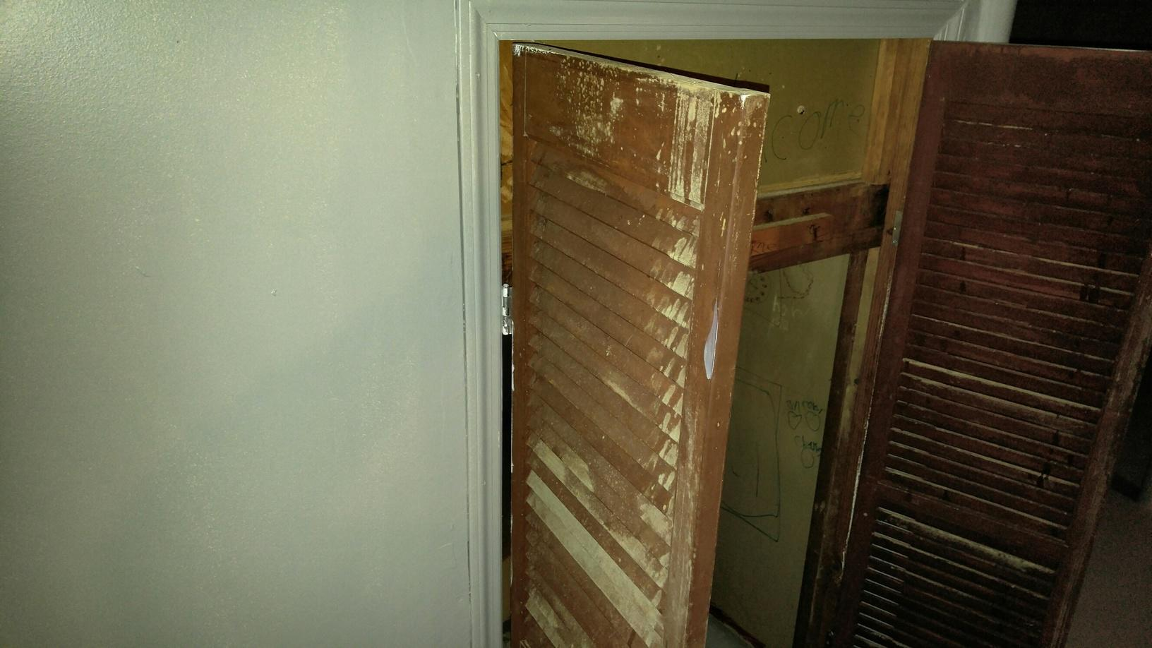 New Homeowner Discover Mold in Their Basement in Princeton Junction, NJ - Before Photo