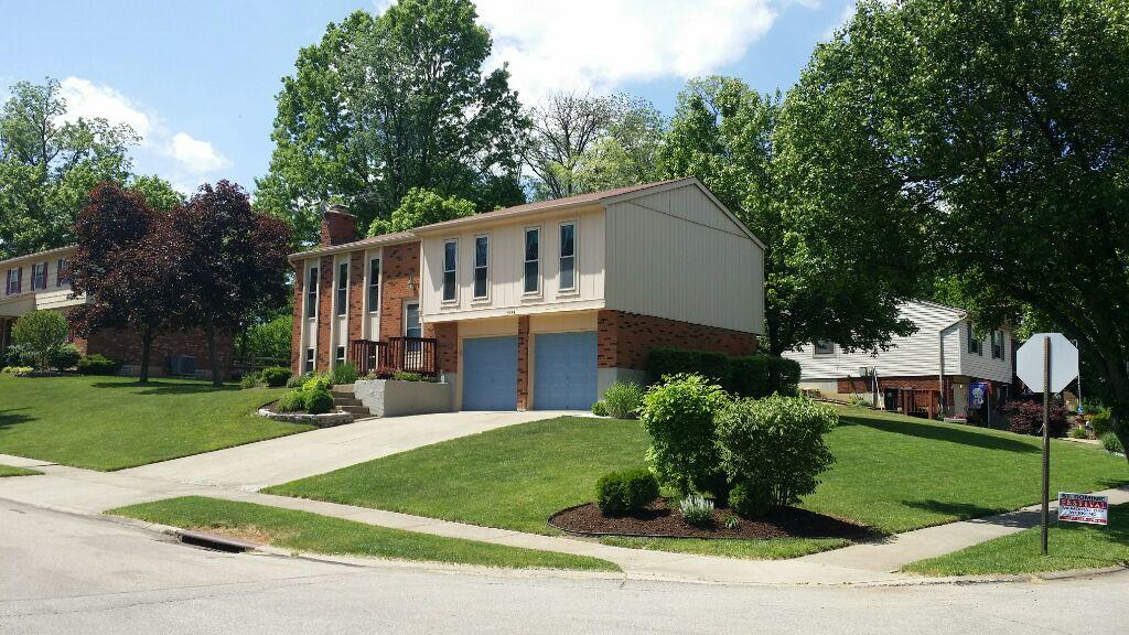 New Vinyl Siding, Roof & Gutters in Cincinnati, OH - Before Photo