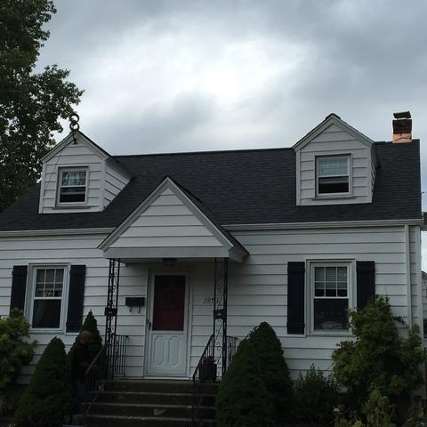 Roof replacement in Easton, CT